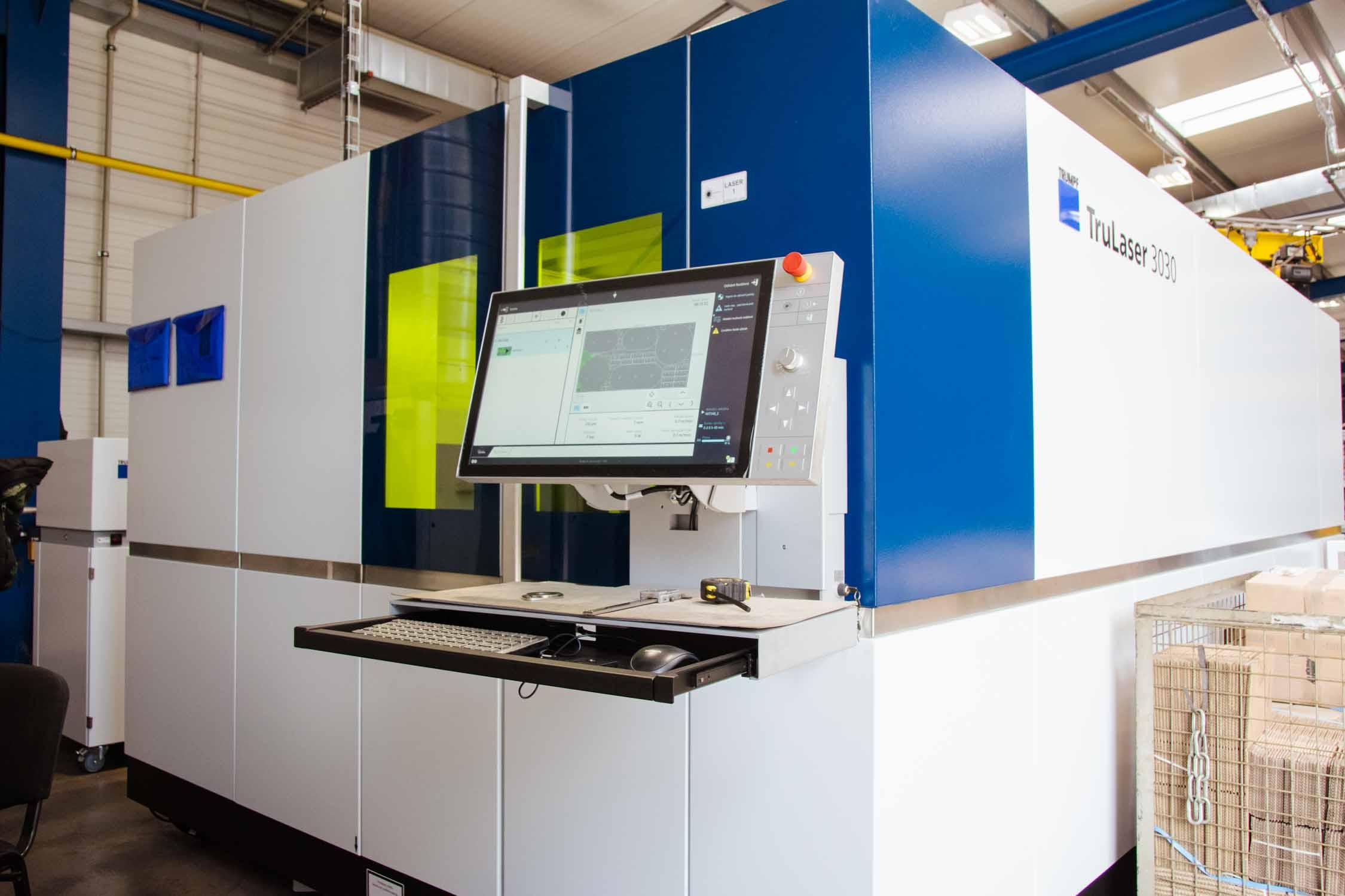 Fiber laserové CNC centrum Trumpf