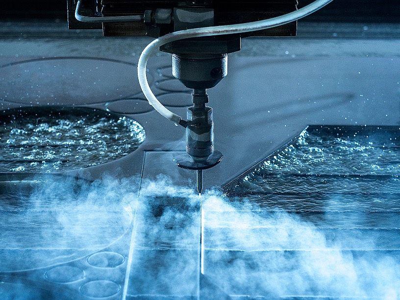 Vodní paprsek, řezání vodním paprskem